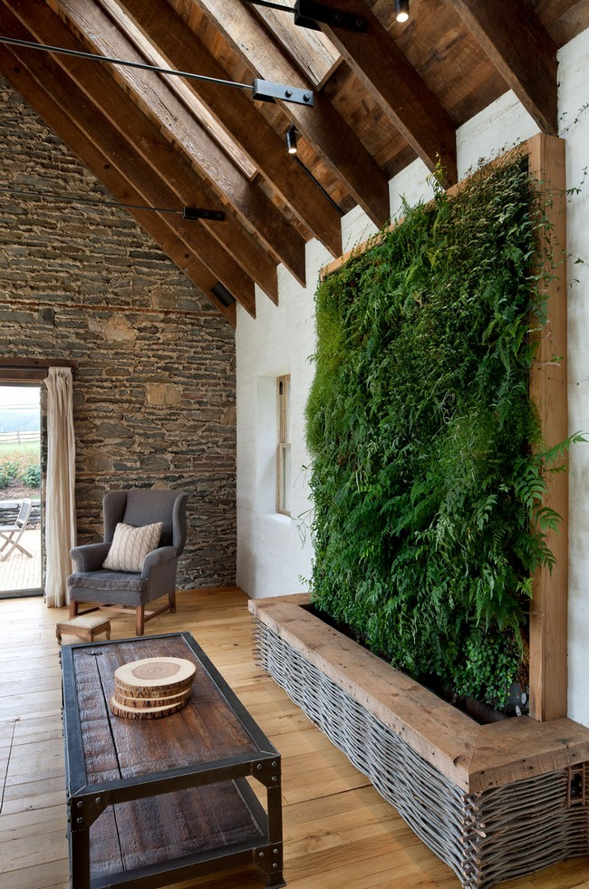 7 Green-wall