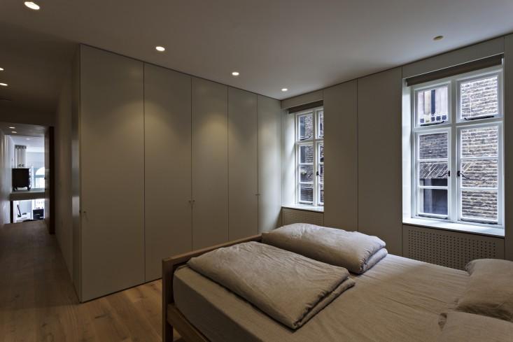 De-Vere-Gardens-Bedroom-Remodelista