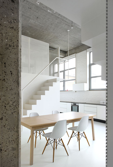 Loft-in-Brussels-by-adn-architectures_dezeen_12