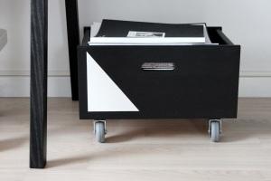 Bungalow5-DIY-Magazine-Storage-2